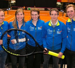 Het Fed Cup organisatieteam met vlnr Lars van Opijnen, Yvon Roelofs, Bernice Treep, Guus van Berkel en Robbert Ooms